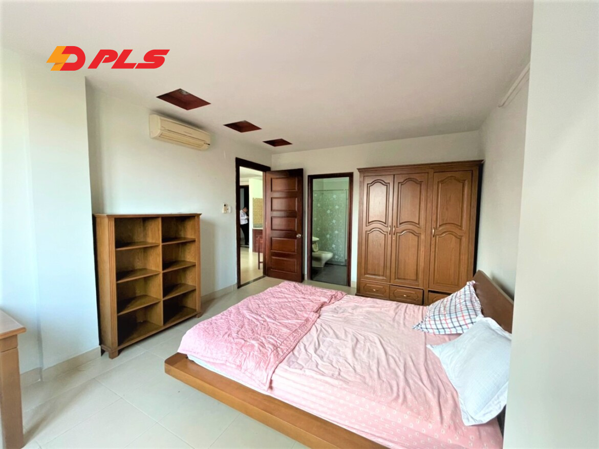 Serviced Apartment District 2